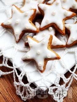 Коледни канелени сладки с какао и глазура от захарен фондан - снимка на рецептата